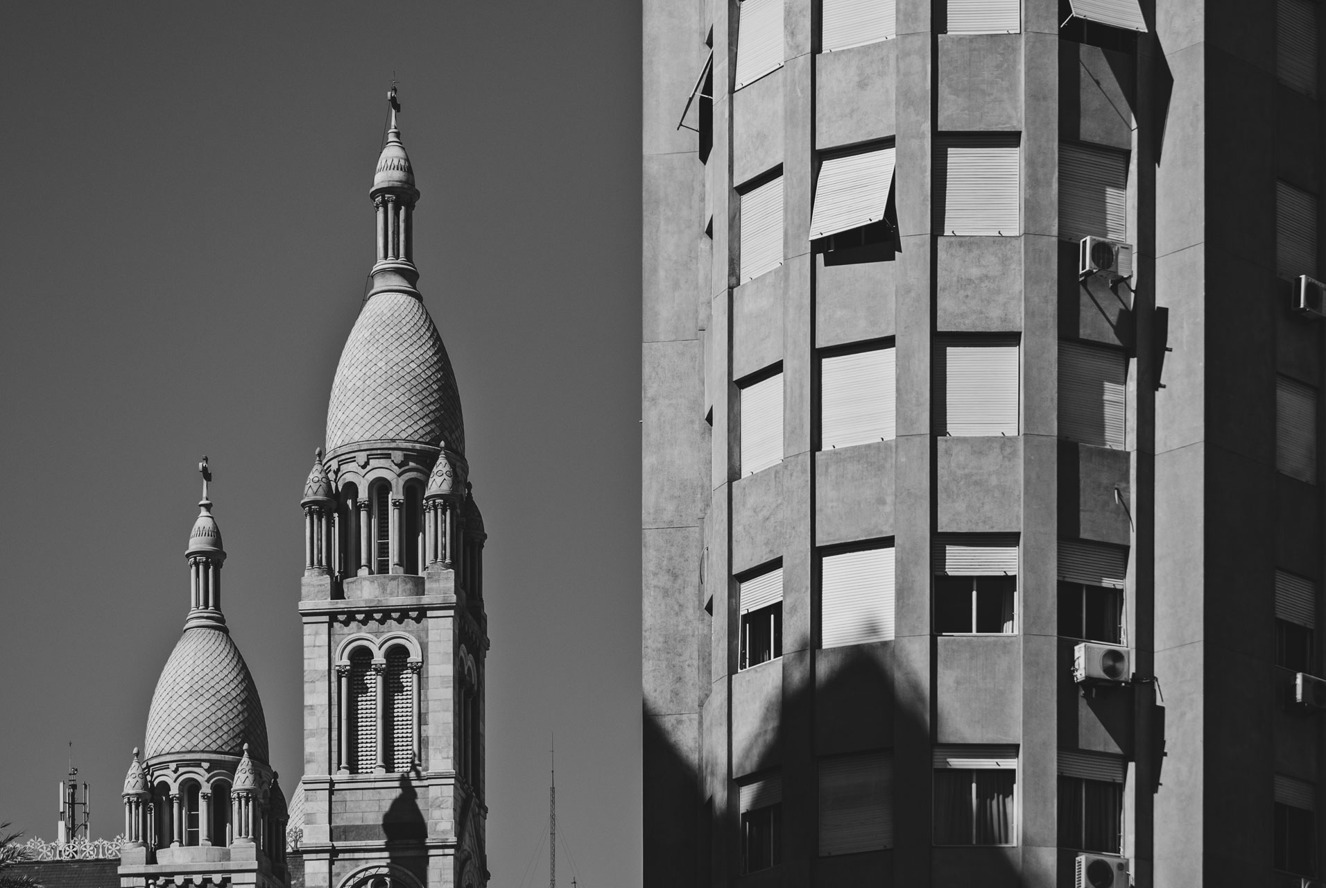 Edificio Kavanagh y Basílica Santísimo Sacramento
